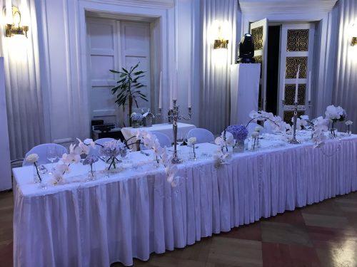 Svadbeni stol, Novinarski dom Zagreb